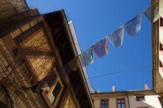 Fenêtre sur cour - Eloely - Lire la suite : http://www.eloely.com/dehors/5854-fenetres-sur-cour-01-07-2015/