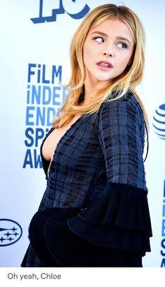 Chloe Grace Moretz, on the red carpet. Beautiful Celebrities, Beautiful Actresses, Gorgeous Women, Vaquera Sexy, Chloë Grace Moretz, Laura Marano, Girl Pictures, Sexy Women, Street Chic