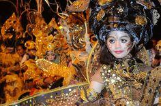 Solo Batik Carnival, Indonesia    Also Visit: http://the10kchallenge.com/promo.php?id=8=nazdabisnis