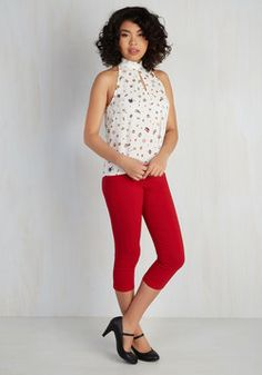 Jive Got a Feeling Pants in Red. Bop around to your vintage records in retro-inspired glamour with these sleek red pants! #red #modcloth