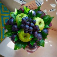 59 Ideas fruit salad decoration food art creative for 2019 Food Bouquet, Diy Bouquet, Candy Bouquet, Vegetable Bouquet, Edible Bouquets, Fruit Appetizers, Fruit Gifts, Fruit Decorations, Fruit Flowers