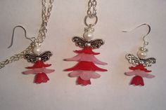 'Pink Petal Angel Necklace and Earring Set' is going up for auction at  3pm Mon, Oct 8 with a starting bid of $5.