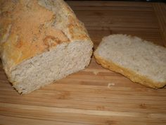 I came upon this recipe a few years ago when looking for typical German dishes to cook for my friend Stephan's birthday dinner. Beer Bread, German Beer, Birthday Dinners, Bread Recipes, Vegan Vegetarian, Oven, Dishes, Baking, Blog