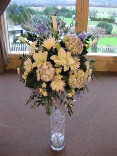Winter Wedding Flowers.