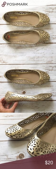 Kenneth Cole Reaction Gold Laser-Cut Flats Adorable gold laser-cut flats by Kenneth Cole Reaction. • In great condition  🚭 Smoke-free home 📬 Ships by next day 💲 Price negotiable  🔁 Open to trades Kenneth Cole Reaction Shoes Flats & Loafers