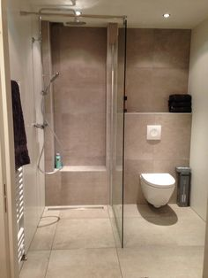 Very Small Bathroom Design . Luxury Very Small Bathroom Design . 20 Design Ideas for Small Bathrooms that Look Perfect and Amazing Small Bathroom Tiles, Small Bathroom With Shower, Cheap Bathrooms, Bathroom Design Small, Modern Bathroom, Small Bathrooms, Bathroom Layout, Master Bathroom, Washroom Design