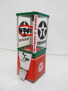 VINTAGE OAK TEXACO OIL GASLINE STATION GUM BALL /CANDY VENDING MACHINE