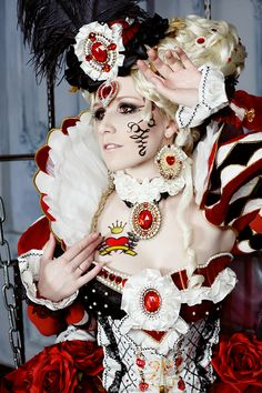 The Queen of Hearts cosplay costume by MrsGnob.deviantart.com on @deviantART. Alice in Wonderland the Red Queen
