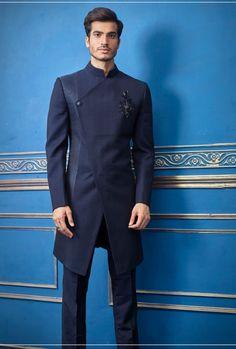 Latest African Wear For Men, African Clothing For Men, Mens Indian Wear, Mens Sherwani, Wedding Sherwani, Wedding Men, Wedding Suits, Indian Men Fashion, Male Fashion