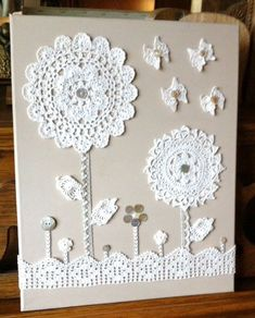 Crochet Motifs, Crochet Flower Patterns, Crochet Doilies, Crochet Flowers, Diy Crafts Vintage, Upcycled Crafts, Sewing Crafts, Sewing Projects, Motifs Applique Laine