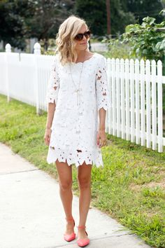 dress, flats, hair... everything just PERFECTION