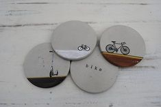 Transform nightcaps and morning coffees into an industrial affair with this set of four concrete coasters. Each coaster features Concrete Jewelry, Concrete Crafts, Concrete Wood, Concrete Projects, Concrete Design, Gifts For Young Men, Cement Art, Beton Design, Concrete Furniture