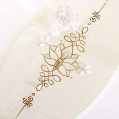 ✨UNALOME DE PAREDE ✨ #unalome #lotusflower #woodart #artwood #yoga #yogadecor
