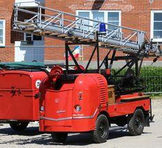 Multicar at Sternfahrt 2017 i Sønderborg, maj Foto: Per Ryolf Ambulance, Volunteer Gifts, Volunteer Appreciation, Fire Equipment, World On Fire, Rescue Vehicles, Truck Engine, Volunteer Firefighter, Fire Apparatus