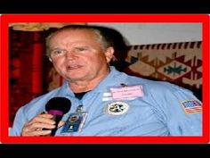 "Ex-gerente da NASA declara: ""Existe cidade extraterrestre na Lua!"" - YouTube"