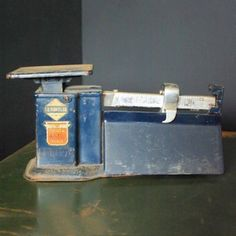 Triner Airmail Postal Scale