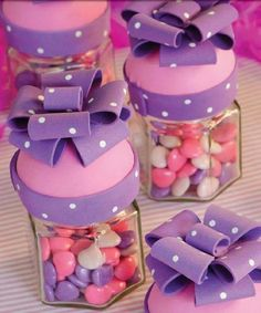 artesanato em eva potes com tampa de laco Foam Crafts, Diy And Crafts, Crafts For Kids, Clay Jar, Candy Bouquet, Ideas Para Fiestas, Fiesta Party, Pasta Flexible, Marzipan