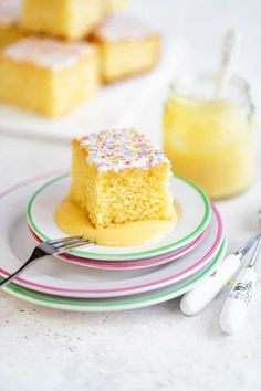 This old fashioned school cake topped with a simple glaze and sprinkles is just the simple retro bake we all need right now! Easy to make all in one bowl and delicious served plain or with warm vanilla custard. Cupcake Recipes, Baking Recipes, Cupcake Cakes, Dessert Recipes, Biscoff Recipes, Easter Recipes, Muffin Recipes, Apple Recipes, Dinner Recipes