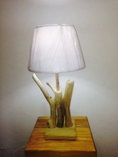Lampe en bois flotté 21