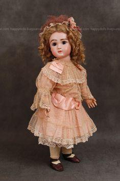 Часть кукольной фотосессии - Журнал о старинных куклах