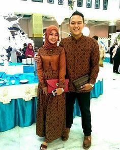 Muslim Fashion, Hijab Fashion, Fashion Dresses, Batik Muslim, Batik Couple, Dress Brokat, Batik Fashion, Muslim Dress, Batik Dress