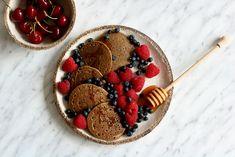 FIT Placki Śniadaniowe – TOP 10 Pysznych Przepisów na Zdrowe Śniadanie! Waffles, Pancakes, Acai Bowl, Food And Drink, Gluten Free, Homemade, Breakfast, Fit, Acai Berry Bowl