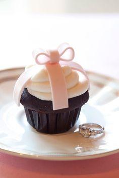 Ring Cupcake