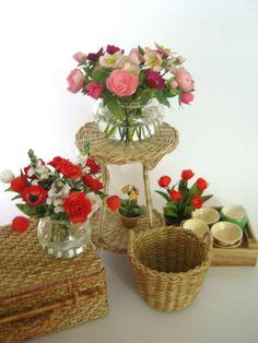 Marie Miniatures: Tressages et fleurs