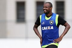 BotafogoDePrimeira: Airton recusa nova oferta e segue sem acordo de re...