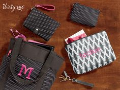 Share your style with totes, wallets and more to carry you through the day. Thirty One Gifts! Join my FB. group,a place for my Customers and new future Customers! NO 31 Consultants please! Thanks https://www.facebook.com/groups/221123648035423/