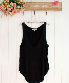 Fashion Summer Woman Lady Sleeveless Blouse V-Neck Candy Vest Loose Tank Tops T-shirt http://tinyurl.com/ngzy4ue #womenfashion #top #tshirt #fashiontshirt #sleeveless #blouse