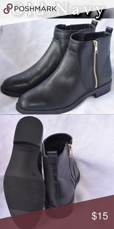 """Old navy Ankle Boots for Women 10 Boots are approximately 6"""" high with 1 1/2"""" stacked heel. Never use I bought it never cold in Miami Old Navy Shoes Ankle Boots & Booties"""