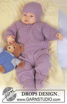 DROPS Set mit Pulli, Hose, Mütze und Socken in Baby Merino. Decke in Karisma. ~ DROPS Design