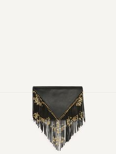 SAY fringed and beaded leather envelope clutch. This small leather flap clutch features a clip fastening at the front. It is edged with fine tone-on-tone fringing decorated with delicate metal beads. Lined interior. Dimensions (without the fringing): 21.5 x 18 cm. It will elegantly accessorise any outfit!