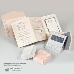 Cremekleurige trouwkaart met grijze decoratie