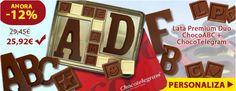 ¡Un chocolate en forma de A de Amistad, C de Cumpleaños... personalizar y crear su composición! Chocolate, Cookie Cutters, Bonbon, Initials, Candy, Amor, Tin Cans, Shapes, Unique Gifts