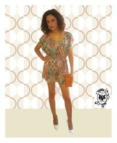 Olha o que acabou de chegar no Mania de Sophia. Vestido com Estampa Exclusiva para arrasar nesta nova Estação! www.maniadesophia.com.br.