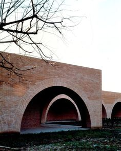 New Cloister, St. Gemma's Monastery – pietro carlo pellegrini architetto Detail Architecture, Brick Architecture, Amazing Architecture, Contemporary Architecture, Interior Architecture, Building Exterior, Brick Building, Masonry Work, Unusual Buildings