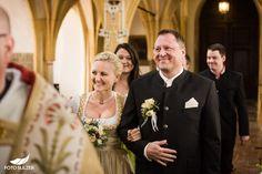 Hochzeit Zell am See und Hinterhag– Ricki & Anatol - Foto Sulzer Blog Zell Am See, Kirchen, Blog, Wedding Dresses, Fashion, Wedding, Pictures, Bride Dresses, Moda