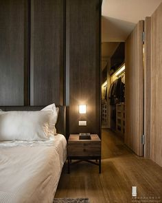 Get to see our selection of bedroom hotel Home Bedroom, Modern Bedroom, Bedroom Wall, Bedroom Decor, H Design, House Design, Interior Architecture, Interior Design, Master Room