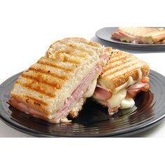 Sanduíche tostex tradicional