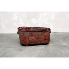 red steel bath | Oddities | Unique Vintage Furniture | Scotch Collectables