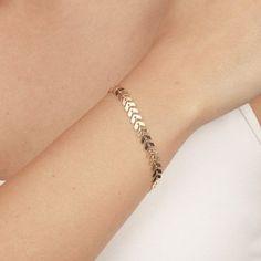 Delicate Gold Bracelet Dainty Geometric Chain Bracelet Layered Bracelet Everyday 24k gold plated jewelry. #GoldBracelets