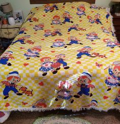 Raggedy Ann & Andy Vintage Coverlet Bedspread Yellow & White Gingham…