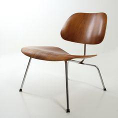 LCM chair