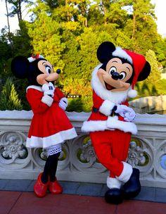 Walt Disney world Christmas Mickey and Minnie cute outfits for the holiday season :() Walt Disney, Disney Love, Disney Magic, Disney Mickey, Disney Parks, Disney Pixar, Disney Characters, Orlando Disney, Disney World Christmas