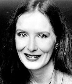 Frances Conroy Is an American actress known for playing the matriarch Ruth O'Connor Fisher Sibley on the HBO funeral drama series Six Feet Under, which earned her a Golden Globe in 2004. Born in Monroe, GA