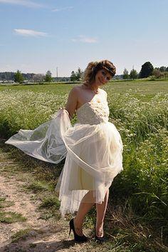 Wedding dress Lily. More info: you.love.dresses@gmail.com