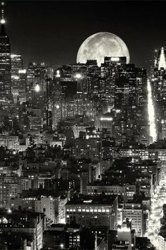 Full moon, NYC...I will get there this year and ensure it is by the light of the Full Moon!