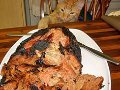 Lean Pulled Pork ~ Good-bye Greasy Boston Butt - must try this; I can never seem to get a tolerably non-greasy pork shoulder/butt roast Grilling Recipes, Pork Recipes, Traeger Recipes, Boston Butt, Pork Ham, Pork Loin, Good Food, Yummy Food, Smoking Recipes